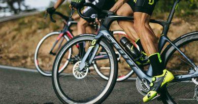 Bisiklet sürerken diz ağrısı neden olur?